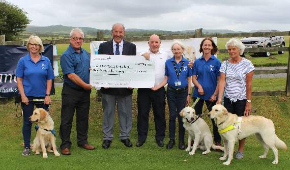 Tavistock golfers tee off to raise thousands for Guide Dogs