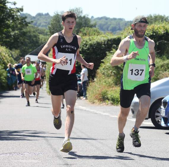 Sweltering heat for Burrator Horseshoe